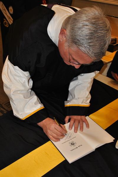Geddy Signing Ritual Book