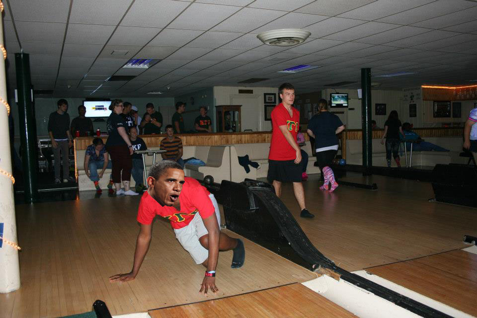 bowling_1.jpeg