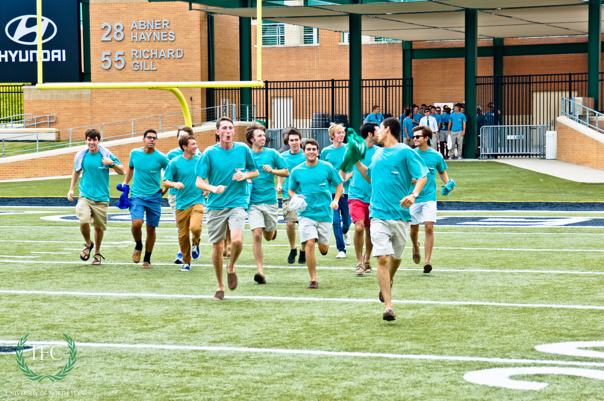 Fall_2013_Bid_Day-24.jpg