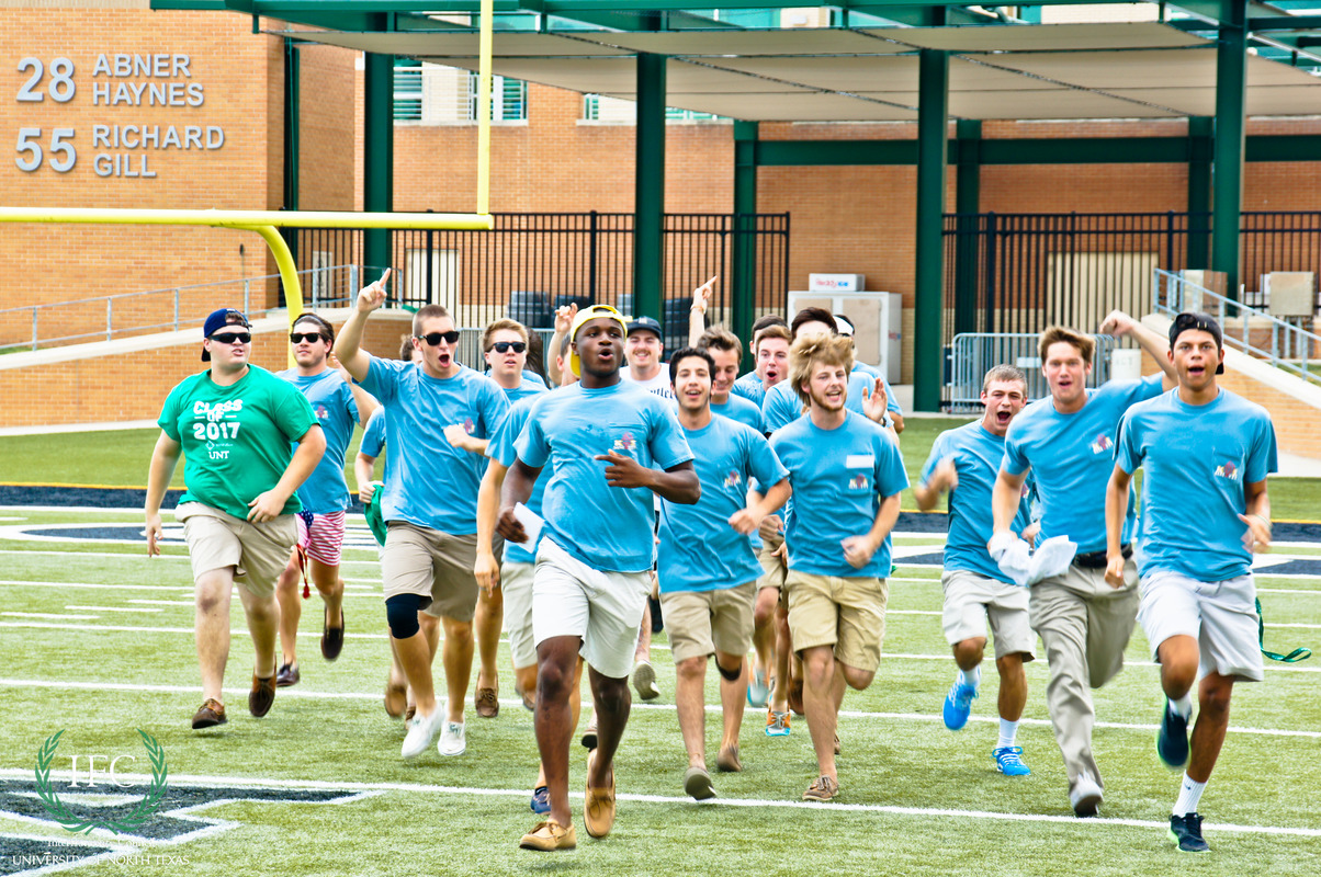 Fall_2013_Bid_Day-26.jpg