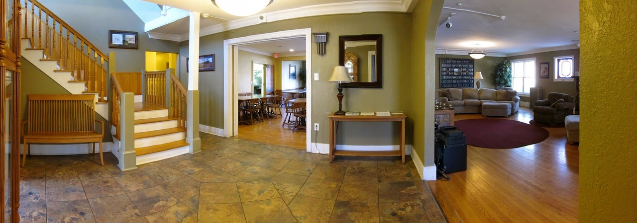 foyer_into_old_living_room_and_kitchen.jpg